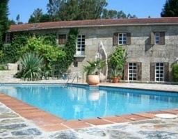 casa rural con piscina